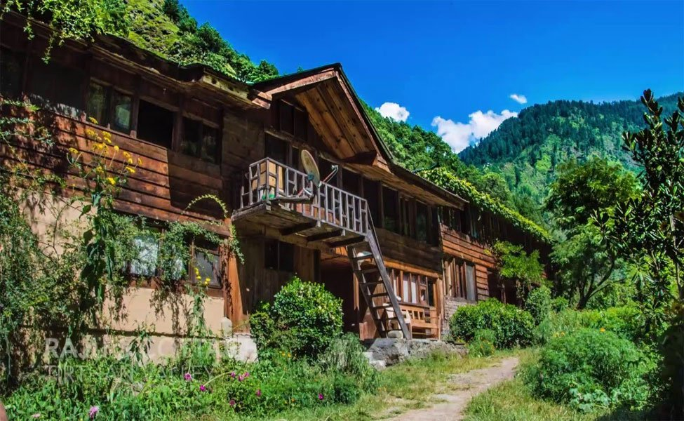 Tirthan-Valley-best-view-house